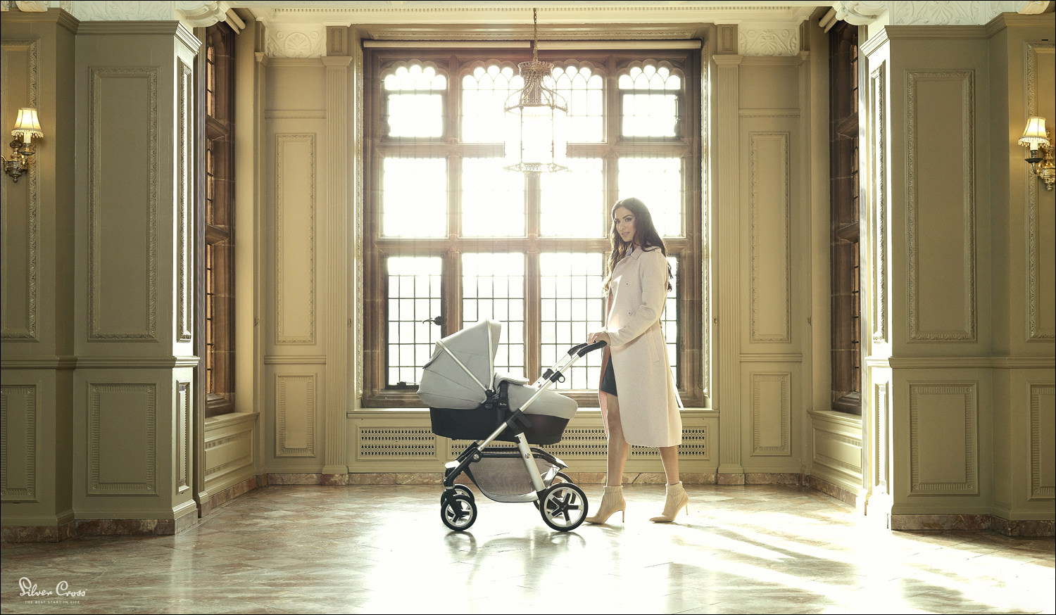 A lifestyle location product & fashion photography shoot for Silver Cross prams. We hired a beautiful mansion to shoot this in. A very technical shoot balancing the natural daylight with flash photography.